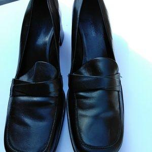 Black low heel